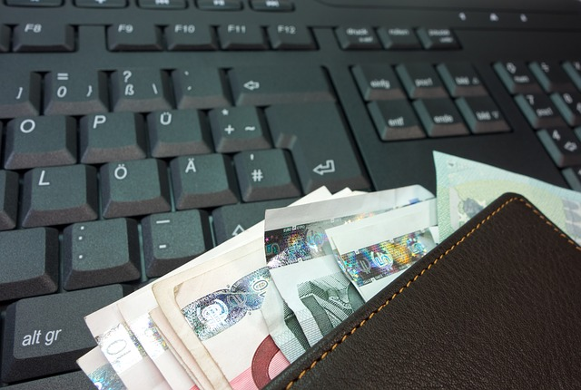 money-494167 640